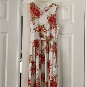 Floral white and dark pink floral maxi dress